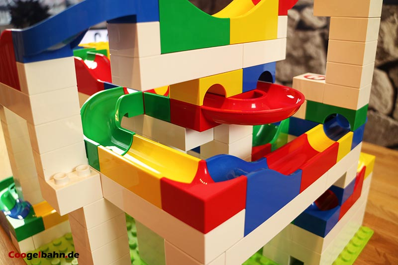 Hubelino Kugelbahn: Verwinkelte Bahnverläufe sind möglich